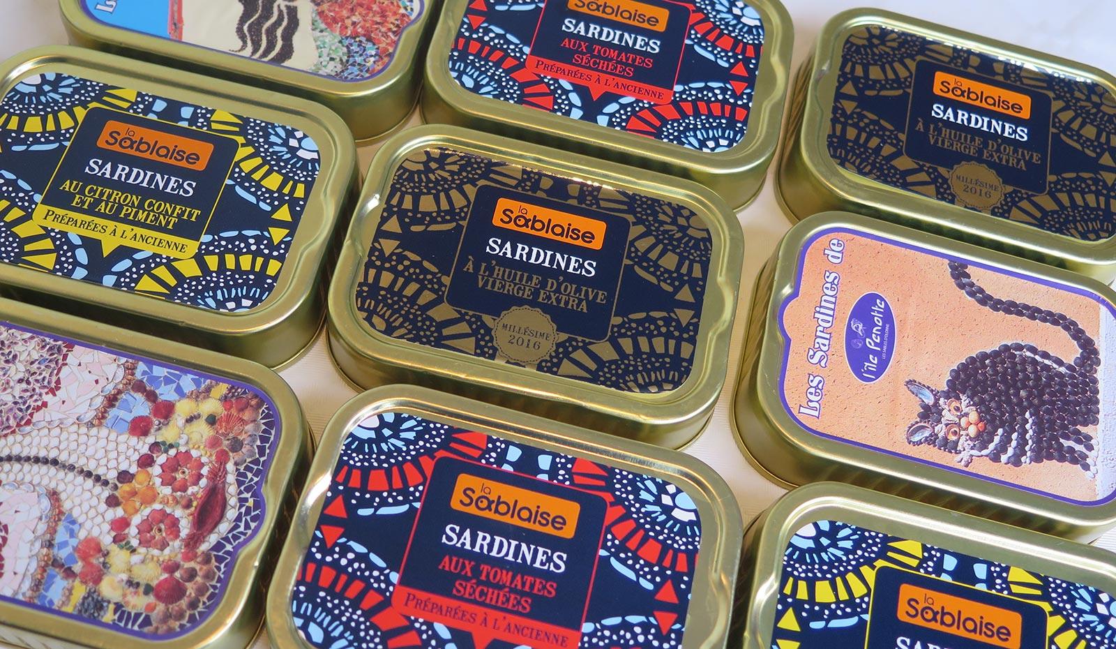 production artisanale de sardines à l'huile